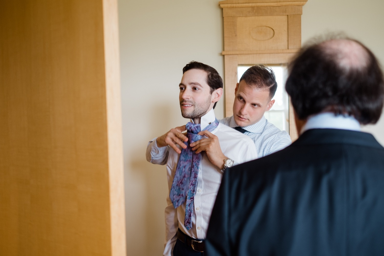 The Garrison Wedding, The Garrison venue, Hudson Valley wedding, hudson valley wedding photographer, catskills wedding photographer, the garrison wedding photos, best catskills wedding photographer, getting ready, guys getting ready, getting ready photos, wedding photo ideas