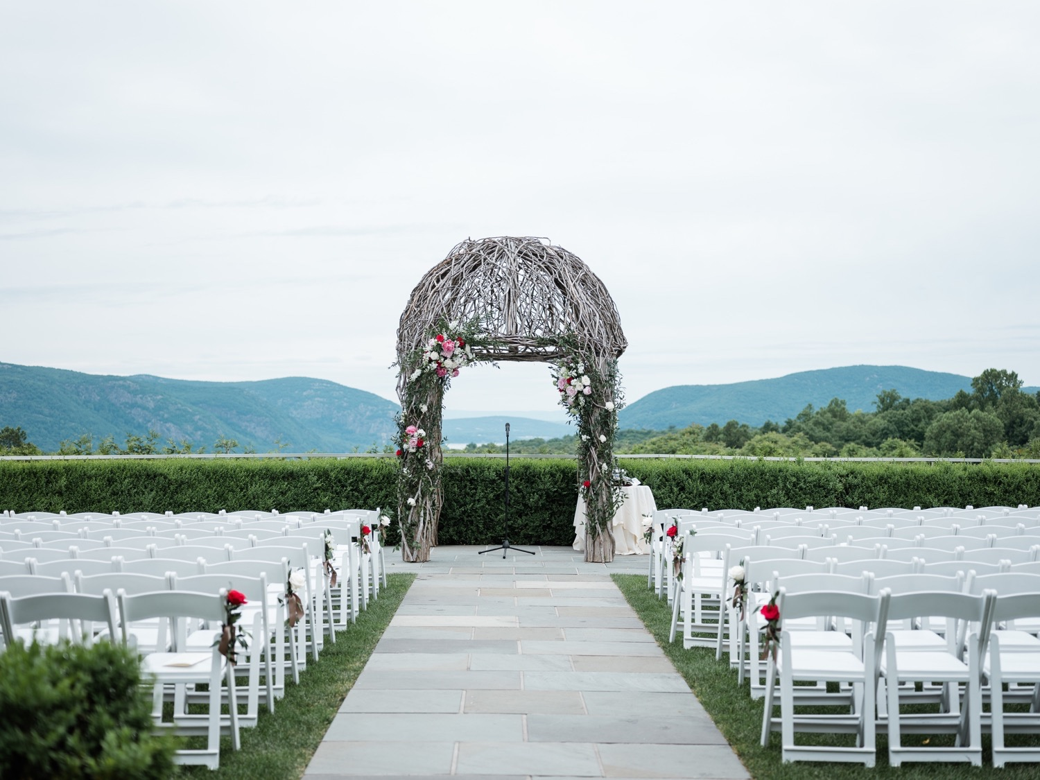 The Garrison Wedding, The Garrison venue, Hudson Valley wedding, hudson valley wedding photographer, catskills wedding photographer, the garrison wedding photos, best catskills wedding photographer, wedding ceremony ideas, rustic ceremony, chuppah, floral chuppah ideas