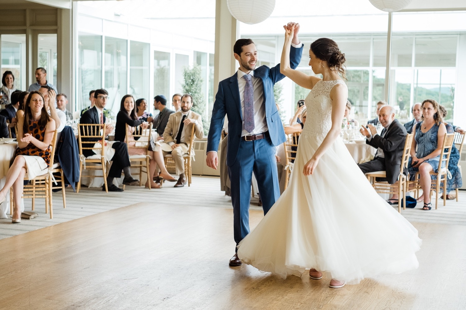 The Garrison Wedding, The Garrison venue, Hudson Valley wedding, hudson valley wedding photographer, catskills wedding photographer, the garrison wedding photos, best catskills wedding photographer, wedding photo inspo, wedding moment inspiration, first dance, first dance photos