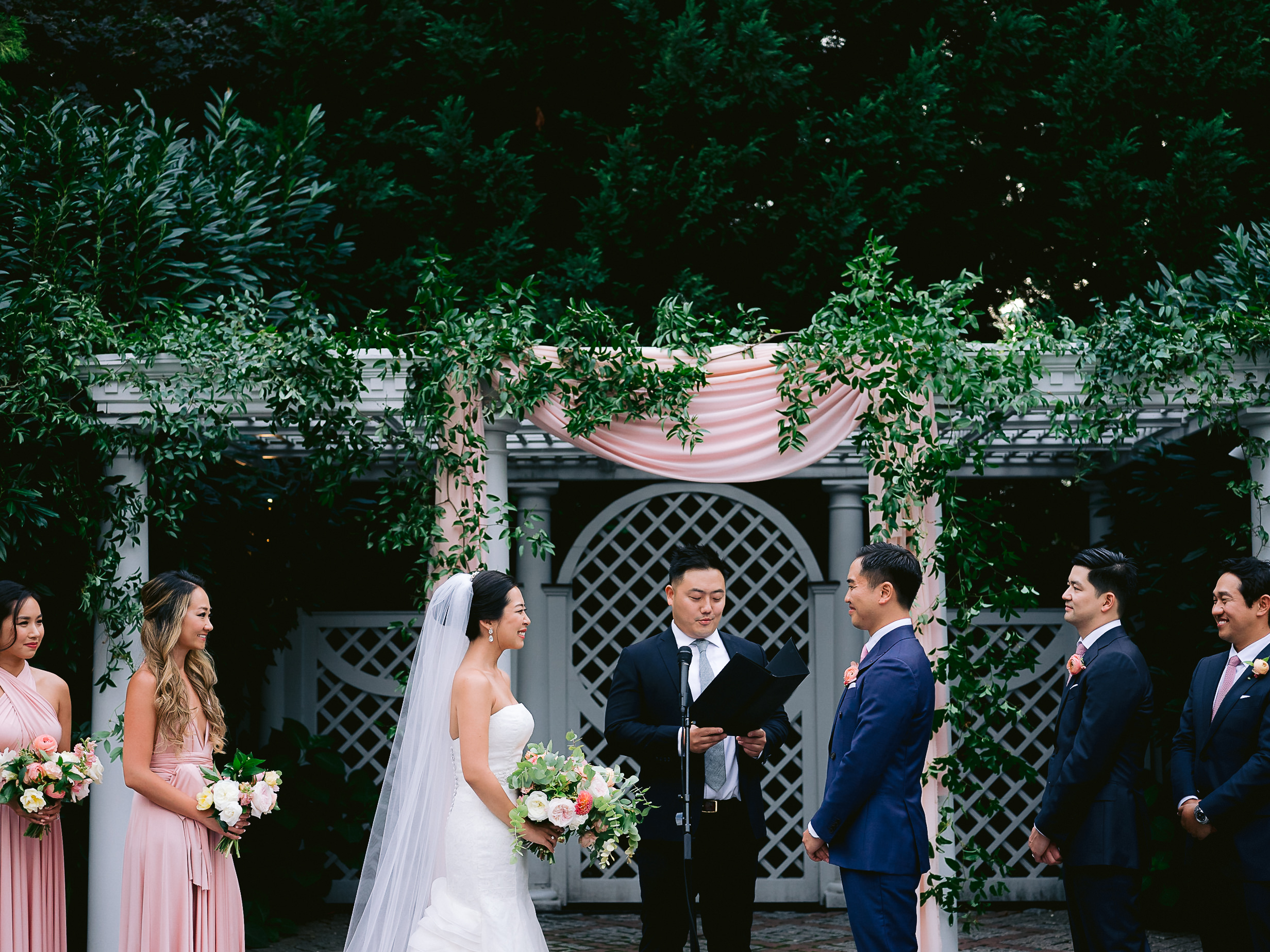 Best-New-York-Botanical-Gardens-Wedding-Photographer-112