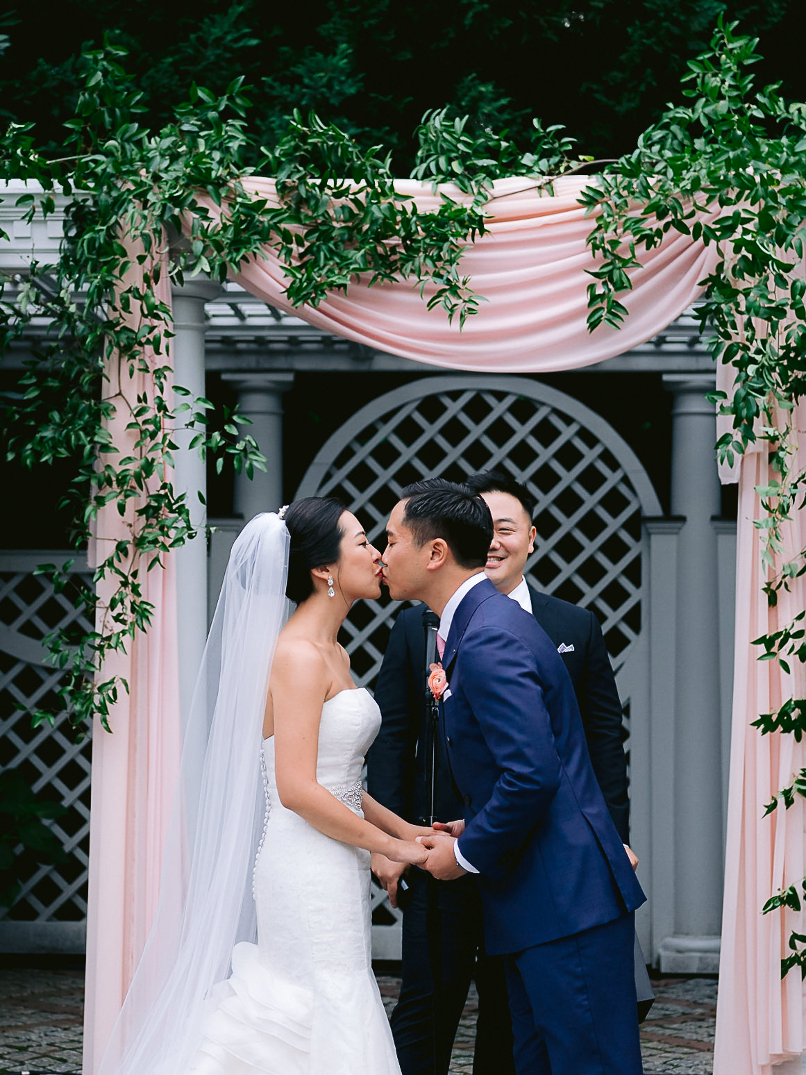 Best-New-York-Botanical-Gardens-Wedding-Photographer-123