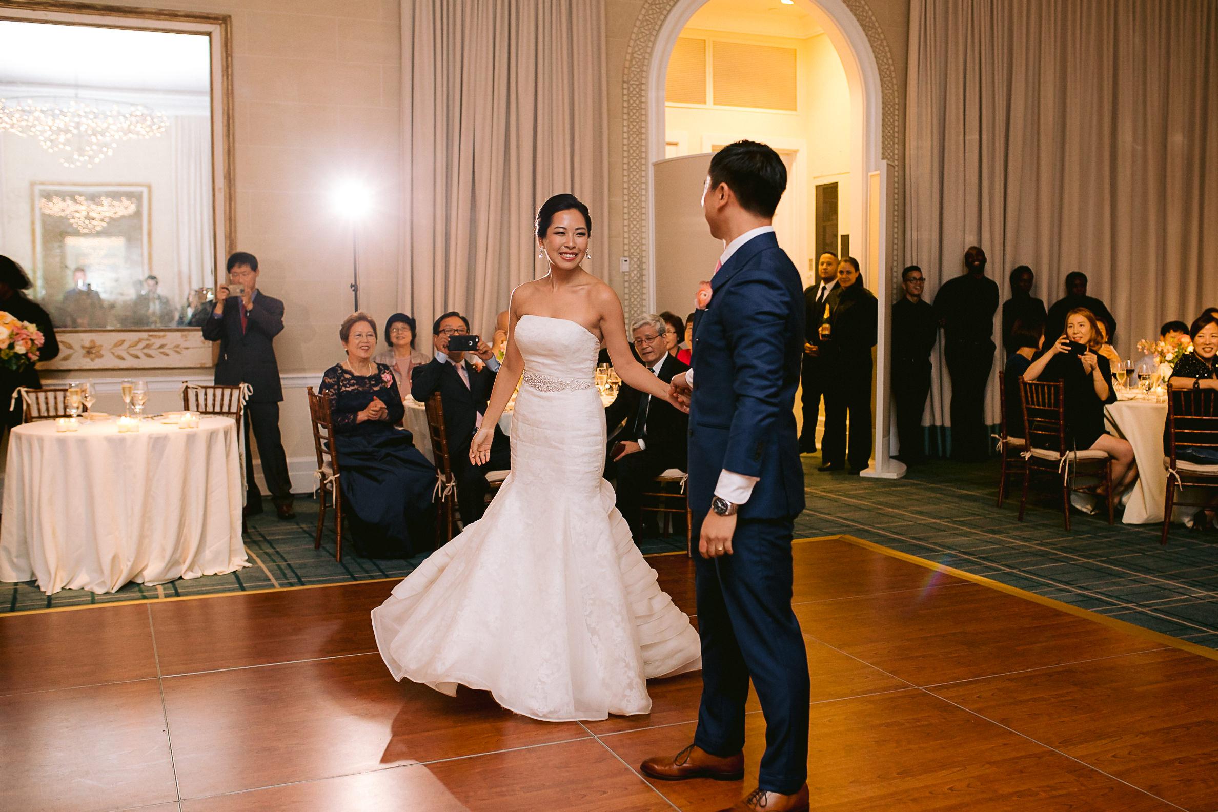 Best-New-York-Botanical-Gardens-Wedding-Photographer-183