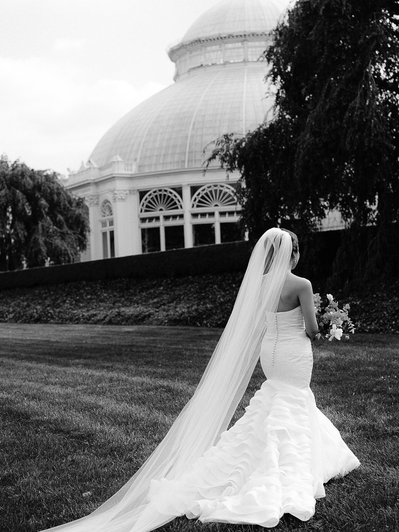Best-New-York-Botanical-Gardens-Wedding-Photographer-38