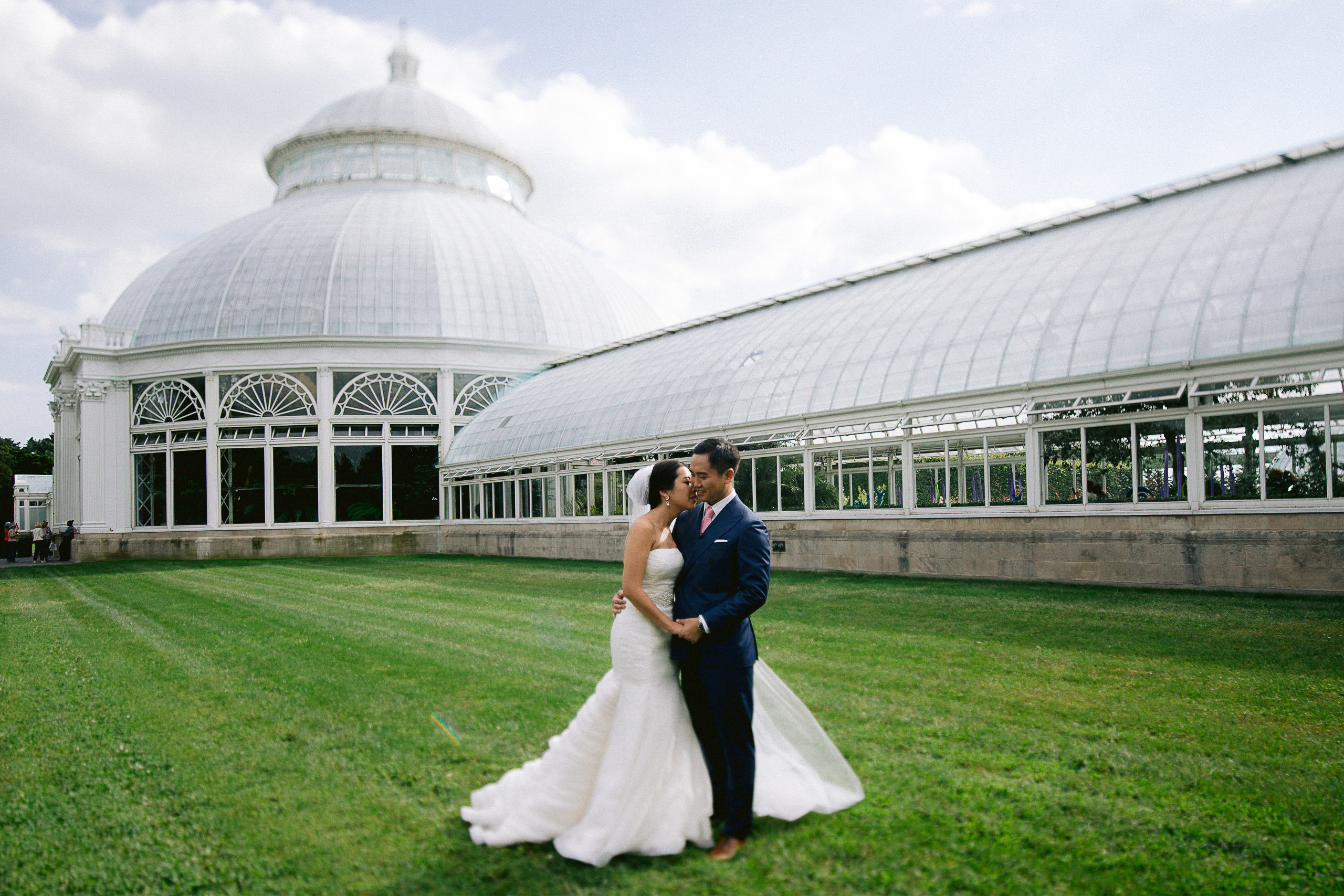 Best-New-York-Botanical-Gardens-Wedding-Photographer-50