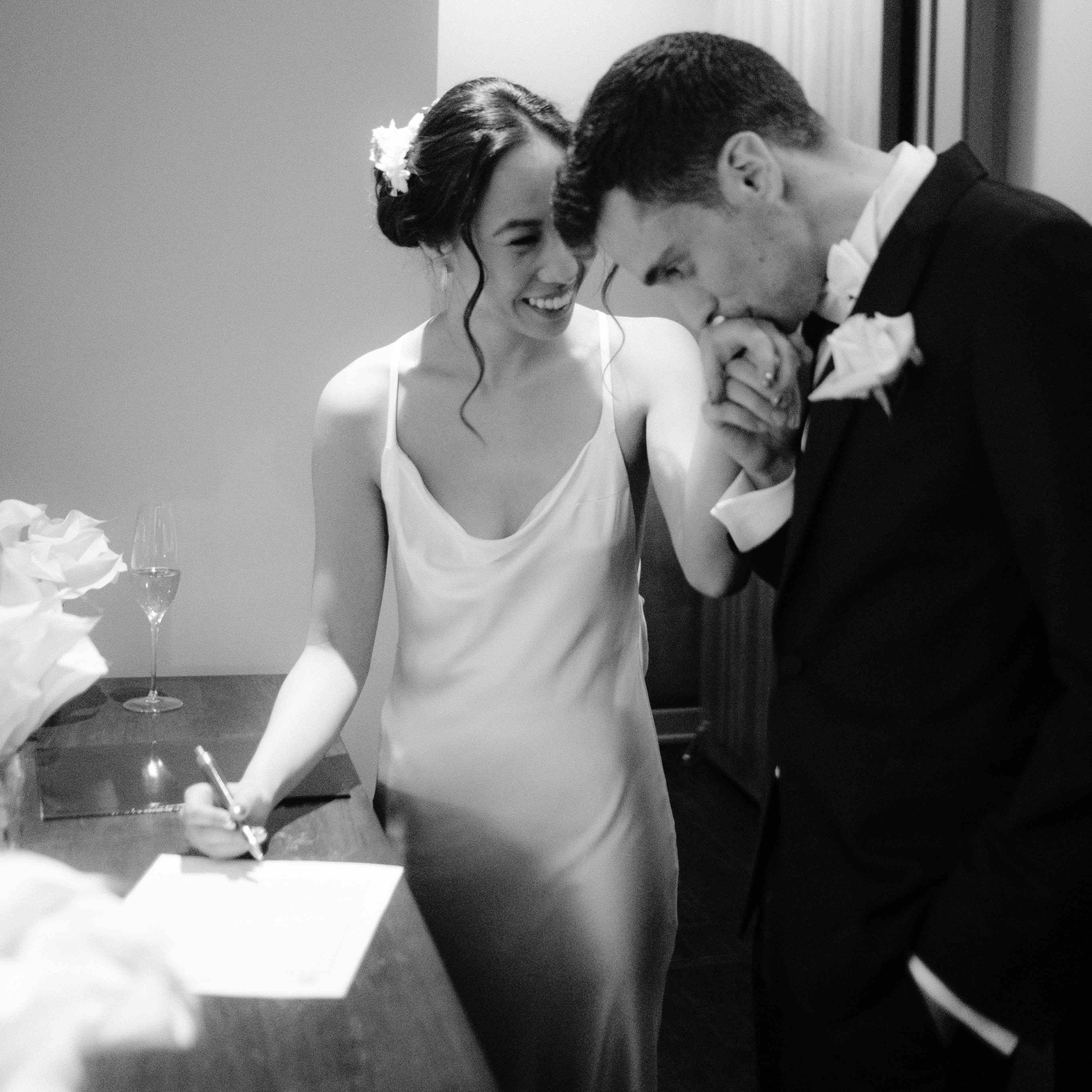 Eleven-Madison-Park-Wedding-New-York-Wedding-Photgrapher-0040