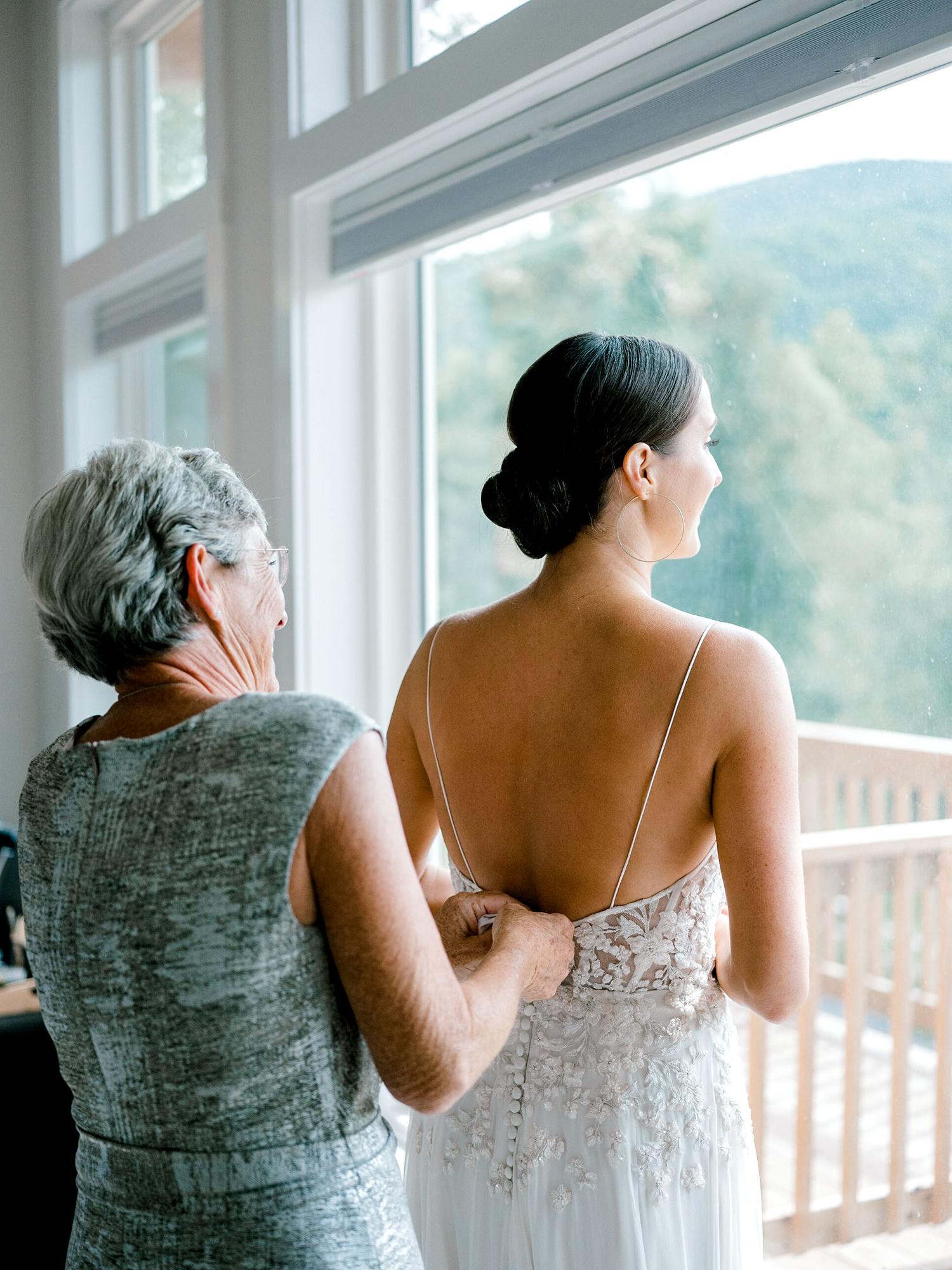 Full-Moon-Resort-Wedding-Catskills-Wedding-Photographer-009