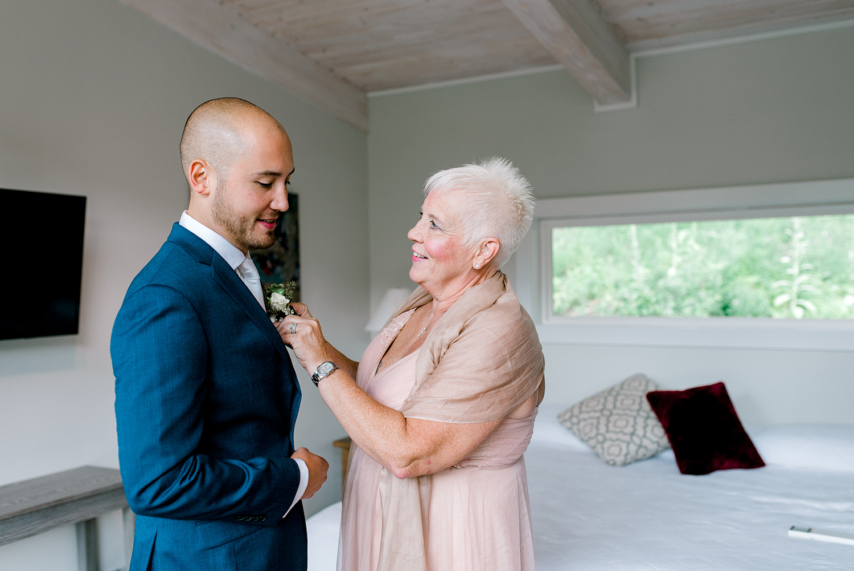 Full-Moon-Resort-Wedding-Catskills-Wedding-Photographer-018