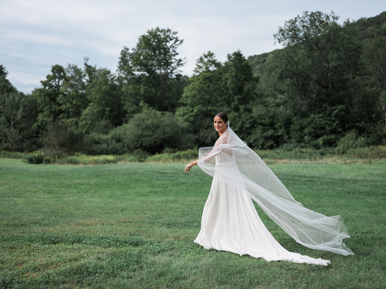 Full-Moon-Resort-Wedding-Catskills-Wedding-Photographer-031