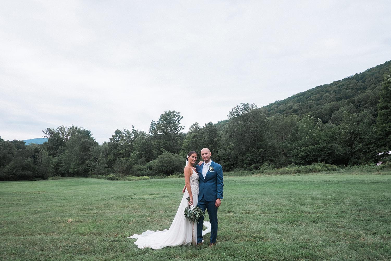 Full-Moon-Resort-Wedding-Catskills-Wedding-Photographer-032