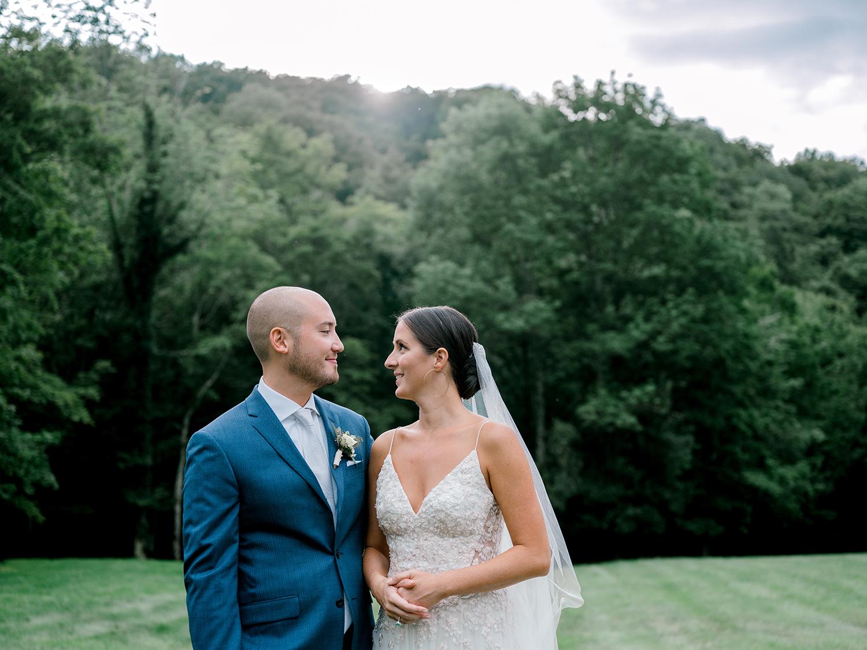 Full-Moon-Resort-Wedding-Catskills-Wedding-Photographer-044