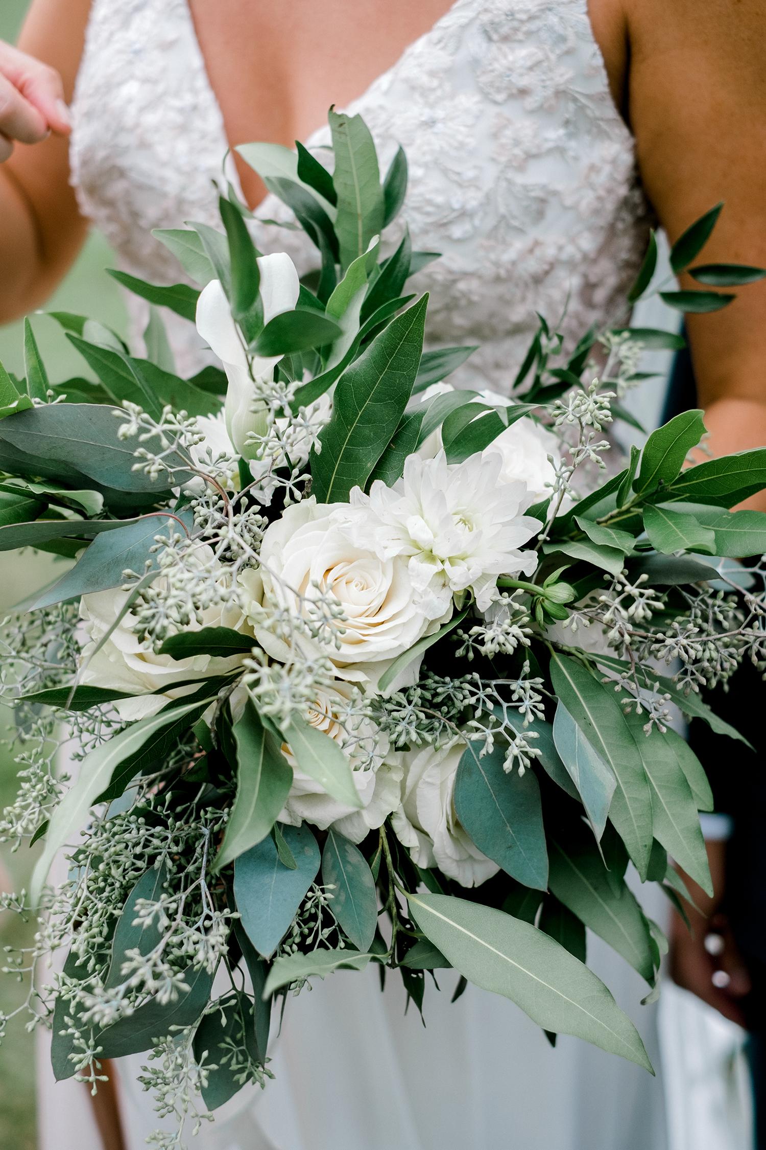 Full-Moon-Resort-Wedding-Catskills-Wedding-Photographer-045