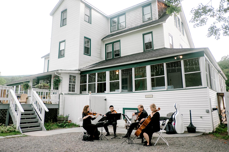 Full-Moon-Resort-Wedding-Catskills-Wedding-Photographer-053