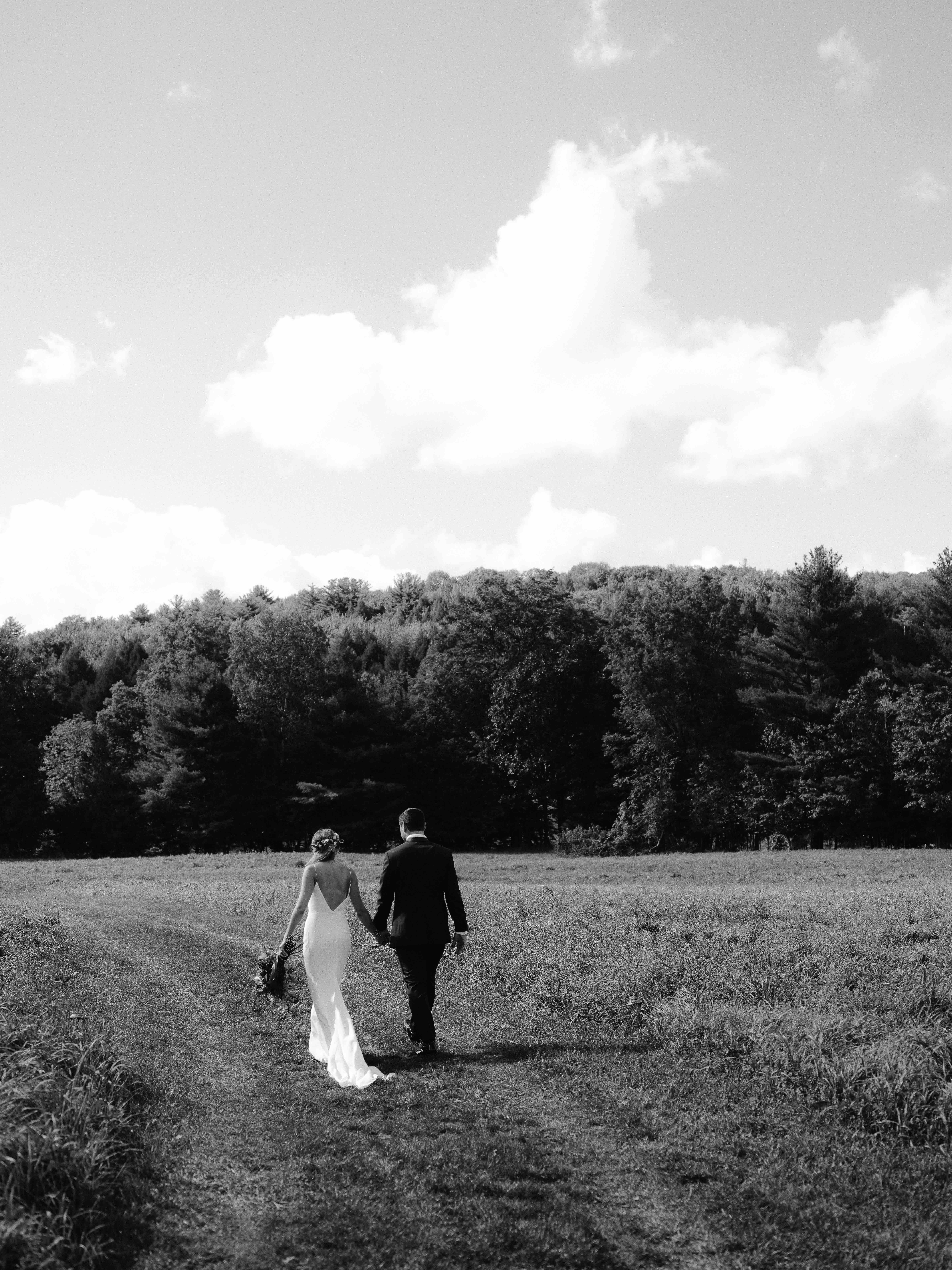 Hayfield-Catskills-Wedding-Best-Photographer-10