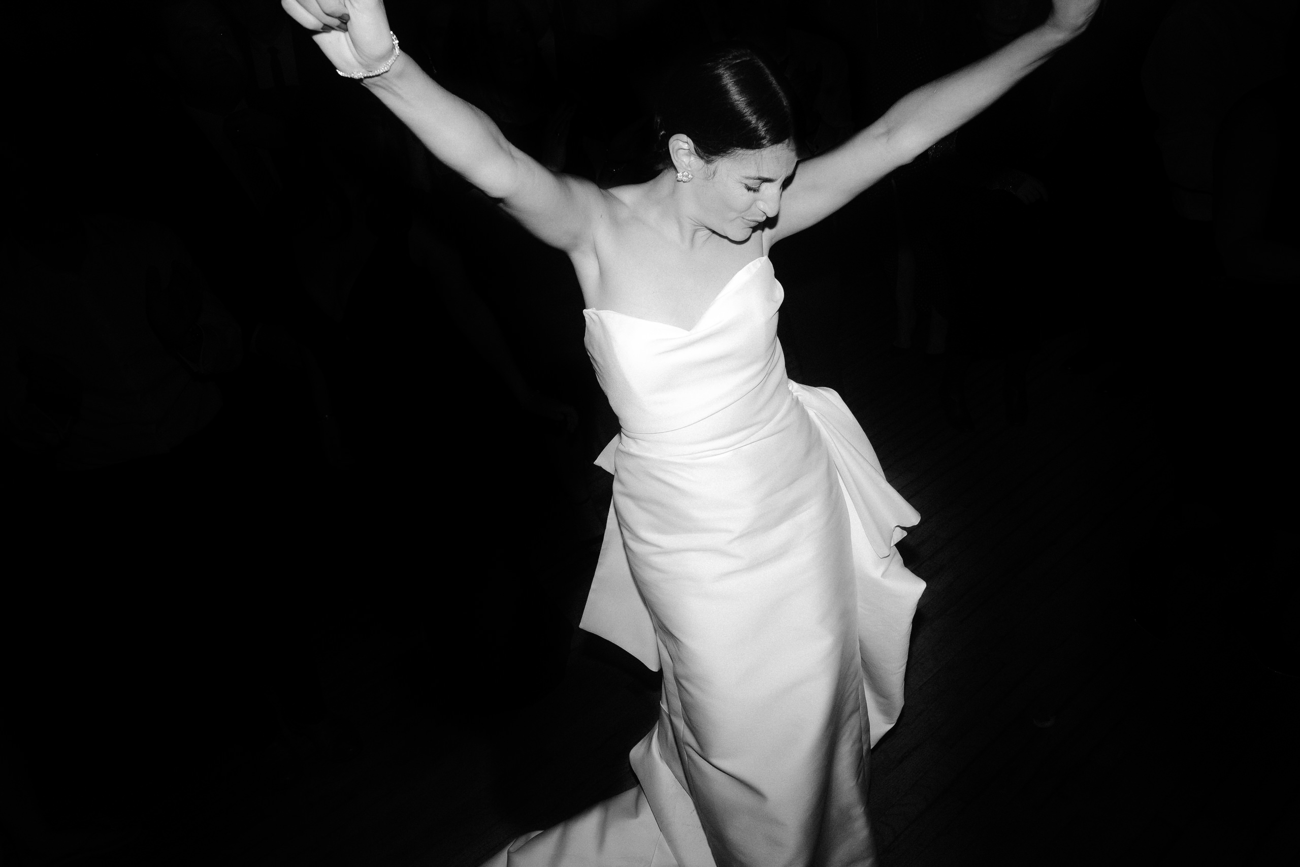 Liberty-Warehouse-Wedding-Brooklyn-Wedding-Photographer-221