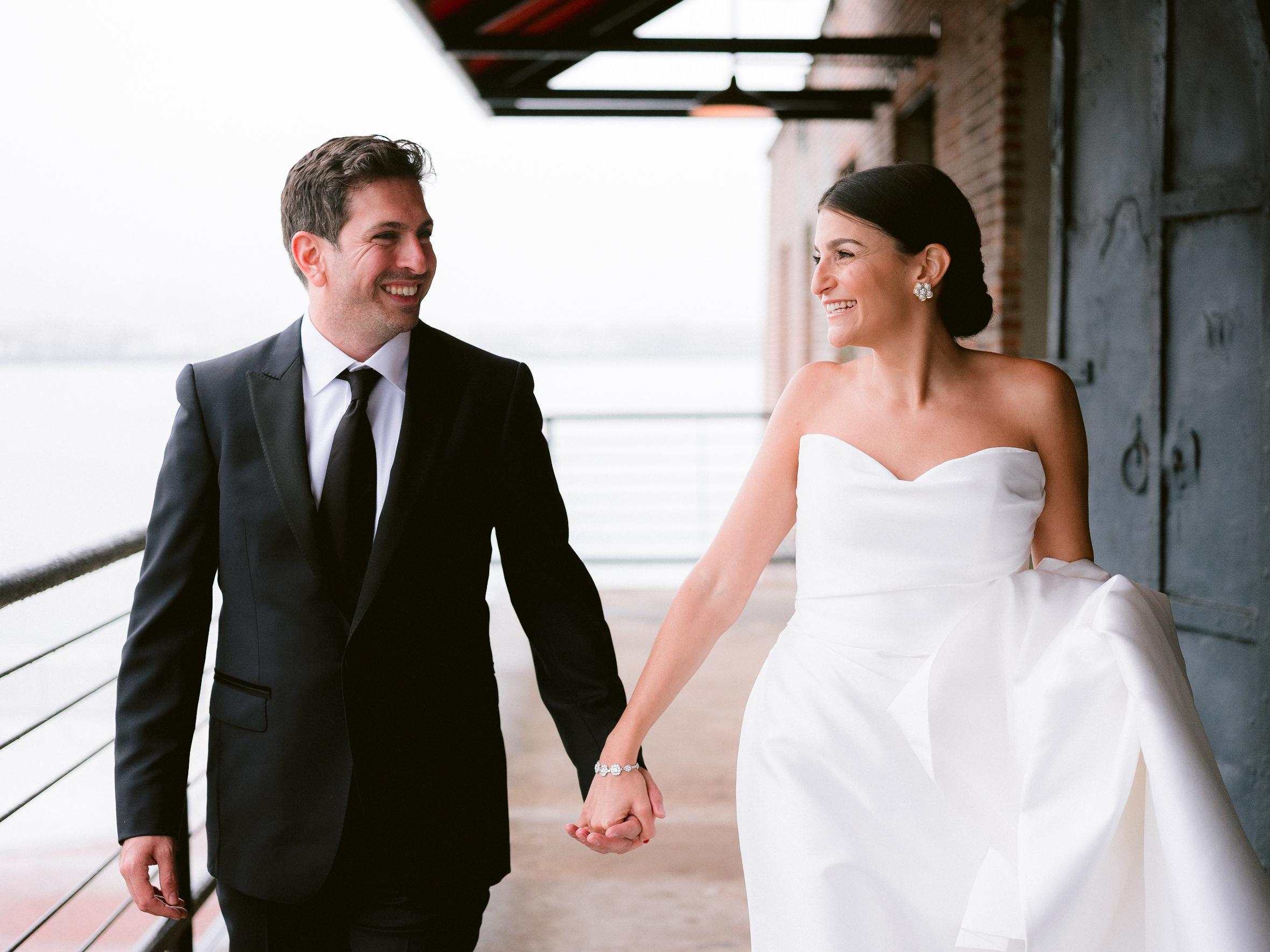 Liberty-Warehouse-Wedding-Brooklyn-Wedding-Photographer-57